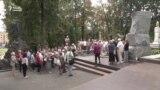 На Вайсковых могілках у Менску ўшанавалі памяць Якуба Коласа