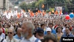 Під час мітингу опозиції в Москві, 12 червня 2013 року