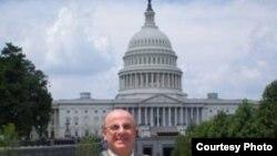 كسّاب أمام الكونغرس بواشنطن