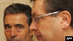 Андерс Фог Расмуссен и Константин Грищенко, 24 февраля 2011