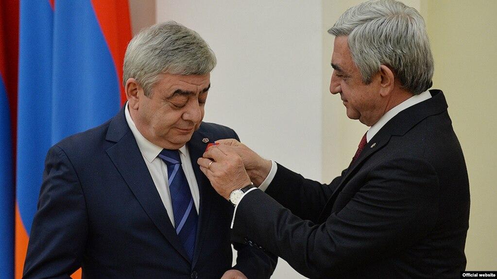 СК: Выясняются обстоятельства незаконного приобретения картины Айвазовского, подаренной фондом «Пюник» третьему президенту Армении