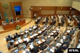 Қазақстан Парламенті Мәжілісінің жалпы отырысы. Астана, 28 қазан, 2009 жыл