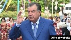 Эмомали Рахмон, Тәжікстан президенті.