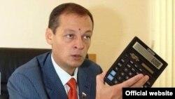 Айрат Хәйруллин