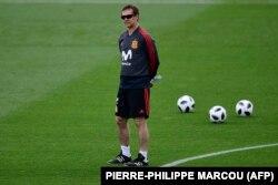 اخراج سرمربی اسپانیا سرنوشت دیدار این تیم با پرتغال را مهمتر کرده است.