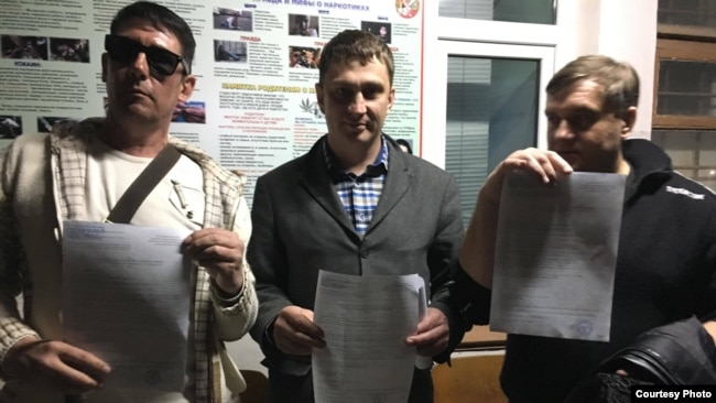 Крымские блогеры Олег Кочеров, Илья Большедворов, Сергей Акимов, архивное фото