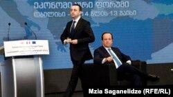 Франсуа Олланд говорил о подписании соглашения об ассоциации с ЕС как о свершившемся факте, отметил и значимость для Грузии саммита НАТО, который состоится в сентябре. Но именно Франция в последние годы была противником вступления Грузии в Североатлантический альянс