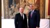 Presidenti i Kosovës, Hashim Thaçi (djathtas) dhe presidenti i Rusisë, Vladimir Putin, gjatë takimit në Paris.