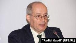 Raportuesi special i OKB-së Miklós Haraszti