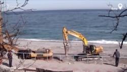 В Ялте расширяют набережную Приморского пляжа (видео)