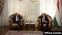 Tajikistan,Dushanbe city, Tajikistan foreign minister Sirojiddin Muhriddin meet Radio Free Europe president Jamie Fly in Dushanbe, 28August2019 (photo from MFA Tajikistan)