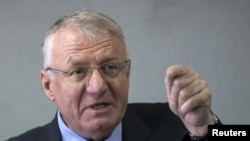 Serbian nationalist leader Vojislav Seselj