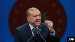 Presidenti turk Recep Tayyip Erdogan