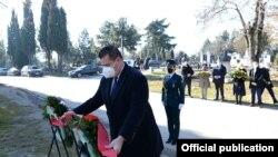 Делегација на Кабинетот на Претседателот положи цвеќе на гробот на Киро Глигоров