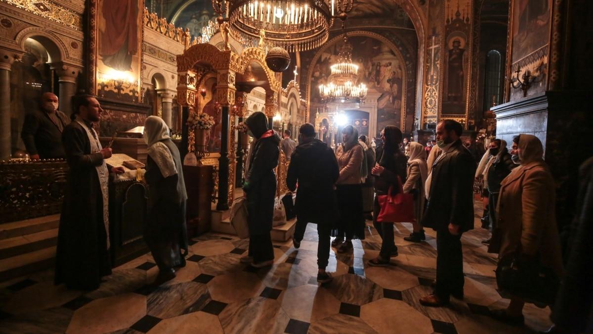 Были пустые крупнейшие церкви столицы? – видеорепортаж