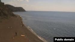 Берег Черного моря в районе села Рыбачье возле Алушты