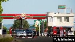 Punctul de trecere transnistrean de la Bender, unde administraţia separatistă exercită controlul vamal, de grăniceri şi al migraţiei