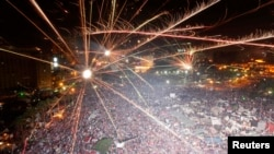 Супротивники Мухаммада Мурсі на площі Тахрір у Каїрі святкують його усунення, 3 липня 2013 року