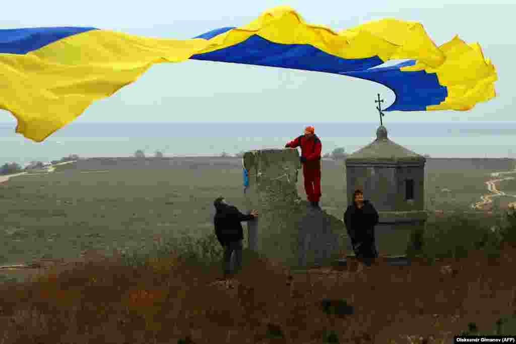 Украінцы чакаюць вяртаньня караблёў, захопленых Расеяй у Керчанскай затоцы ў 2018 годзе. Ачакоў, 20 лістапада 2019