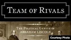 """«В личности Линкольна всё сложно. Он писал другу: """"Ну, не парадокс ли, что я, который был не в состоянии отрубить голову курице, оказался в центре страшной войны, и кровь залила все вокруг меня""""»"""