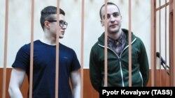 Виктор Филинков (с), Юлий Бояршинов.