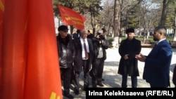 Лидер партии «Коммунисты России» стал первопроходцем: до Максима Сурайкина с югоосетинским электоратом никто из кандидатов в президенты России никогда не общался