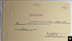 """400 de lei pentru """"Matei"""", chitanţă şi raport, 1986 (Foto: ACNSAS)"""