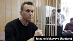 Ալեքսեյ Նավալնին դատարանի դահլիճում, 27-ը մարտի, 2017թ.