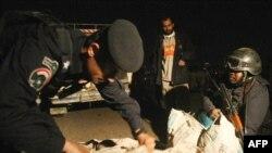 قوات عراقية تفتش عن مخدرات