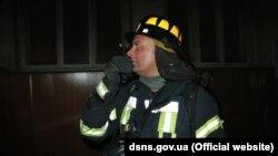 За словами рятувальників, їм вдалося запобігти поширенню полум'я на розташовані поруч корпуси лікарні
