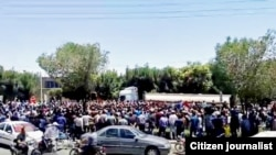 اعتراضها در ایران؛ دیدگاههای محمدعلی توفیقی و رضا پیرزاده