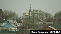 Храм Сергия Радонежского в поселке имени Туймебаева. Алматинская область, 25 апреля 2014 года.