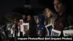 Imagine de la unul dintre marșurile de comemorare a victimelor de la Colectiv, desfășurat în 2019
