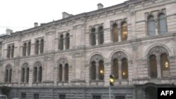 Столкновение пожарных требований и исторической архитектурной ценности здания может закончиться окончательным закрытием Европейского университета