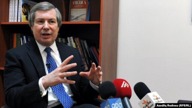 Azerbaijan -- James Warlick, U.S. co-chair of the OSCE Minsk Group, speaks in Baku, 04Feb2014
