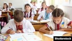Українські школярі, ілюстративне фото