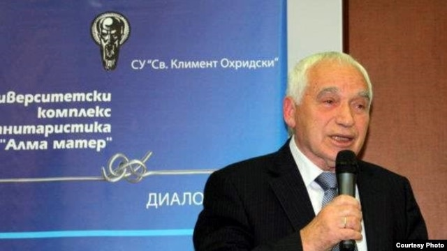 Former Bulgarian President Zhelyu Zhelev speaking at November 11 roundtable honoring the 60th anniversary of RFE broadcasting to Bulgaria. Photo: Kostadin Grozev