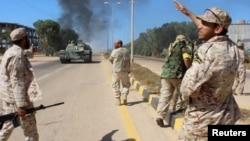 گروهی از سربازان وفادار به دولت وفاق ملی (دولت وحدت ملی) در لیبی