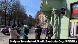 У Львові підтвердили перший летальний випадок захворювання на COVID-19