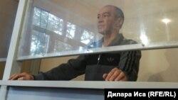 Тоқтар Төлешов сотта тұр. Шымкент, 1 қараша 2017 жыл.