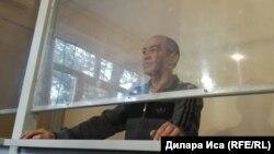 Предприниматель Тохтар Тулешов на суде по его делу. Шымкент, 1 ноября 2017 года.