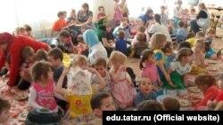 Казанның 184нче татар балалар бакчасында Карга боткасы бәйрәме