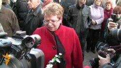Алена Лебядзінская 11 красавіка 2012