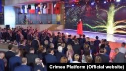 Певица крымскотатарского происхождения Джамала выступает на открытии международного саммита «Крымская платформа», Киев, 23 августа 2021 года