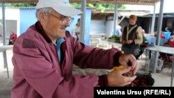 În piața din Ocnița