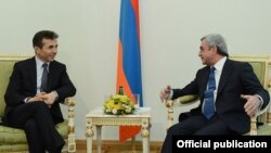 Armenia - President Serzh Sarkisian (R) meets with Georgian Prime Minister Bidzina Ivanishvili in Yerevan, 17Jan2013.