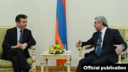 Armenia - President Serzh Sarkisian (R) meets with Georgian Prime Minister Bidzina Ivanishvili in Yerevan, 17Jan2013.