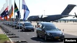 Перші тіла загиблих доправили до Нідерландів, 23 липня 2014 року