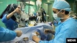 دکتر انوری در بیمارستان فارابی بستری شده است