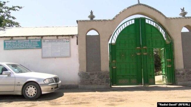 Кладбище села Багалак Гиссарского района